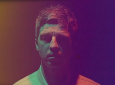 Noel Gallagher - The Heat Of The Moment