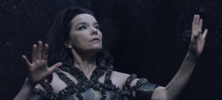 Björk - Black Lake - Video