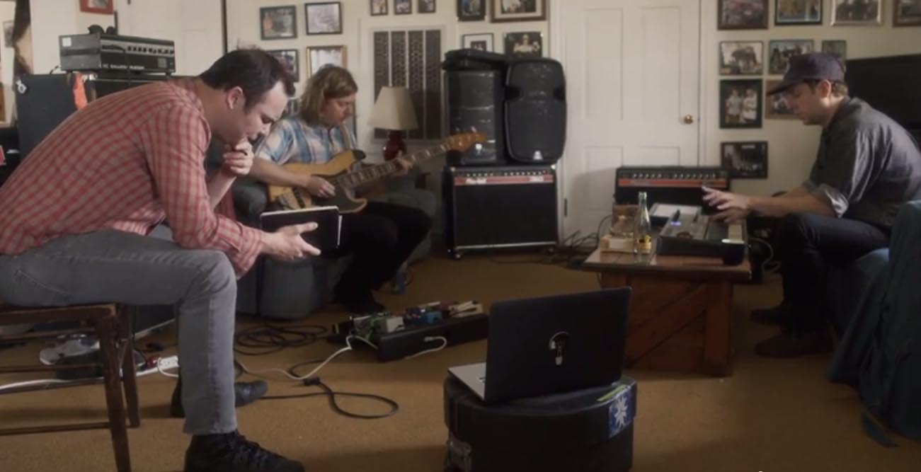 Future Islands - A Song To Our Grandfathers - Video