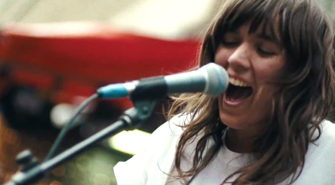 Courtney Barnett - Nobody Really Cares