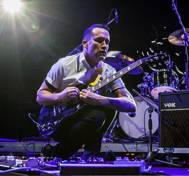 Xiu Xiu playing Twin Peaks - photo by OFF Festival Instagram