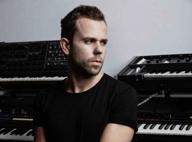 M83 - Photo by Andrew Arthur