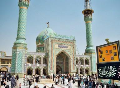 Tajrish Mosq, northern Tehran. (Picture by Bastien Perroy)